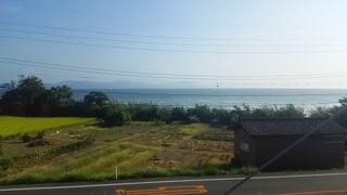 宍道湖に沿って